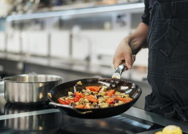 en-que-se-especializa-un-lic-gastronomia-justo-sierra