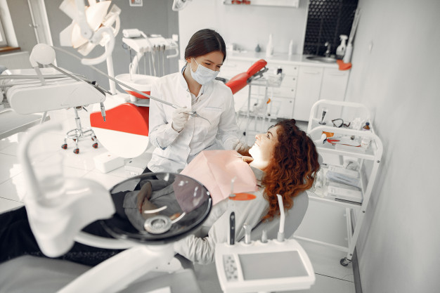 en-que-se-especializa-estomatologia-justo-sierra