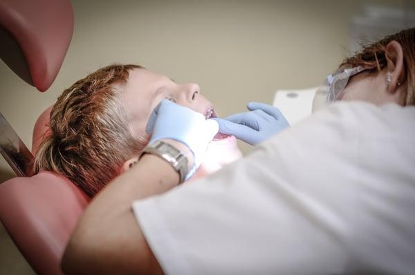 estomatologia-pediatrica-todo-lo-que-debes-saber-justosierra